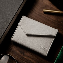 Luxury  Leather Playing Card Carrier Blanc